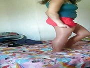 Delgada Mexicana Striptease en pantimedias